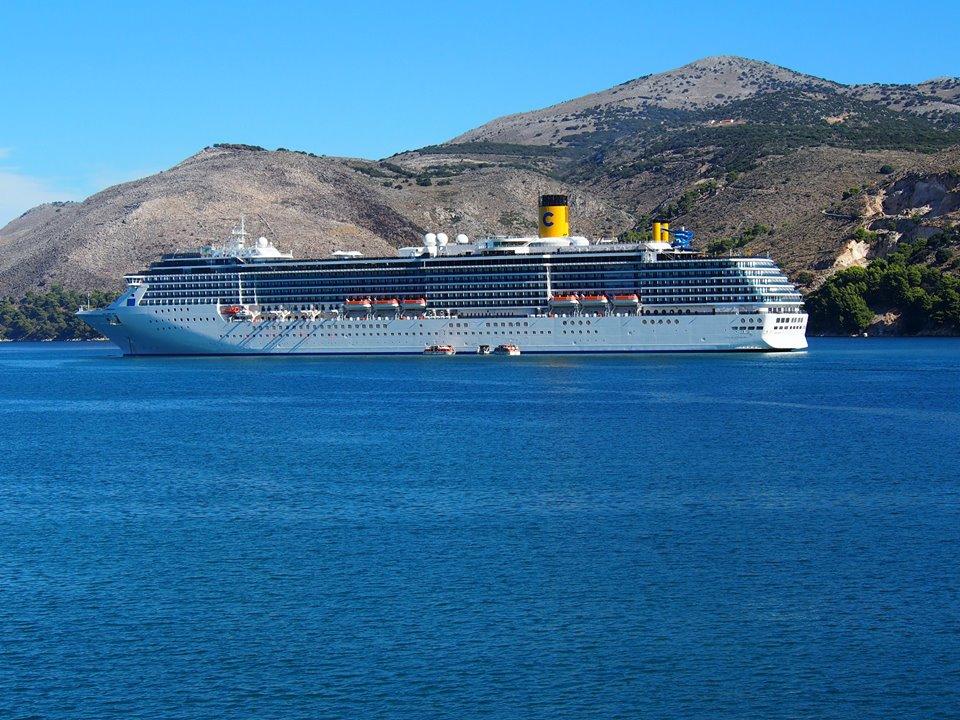 Queen_elizabeth_costa_mediterranea (17)