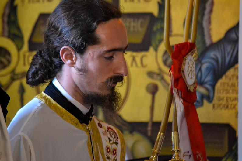 monaxiki-koura-apostoli-14